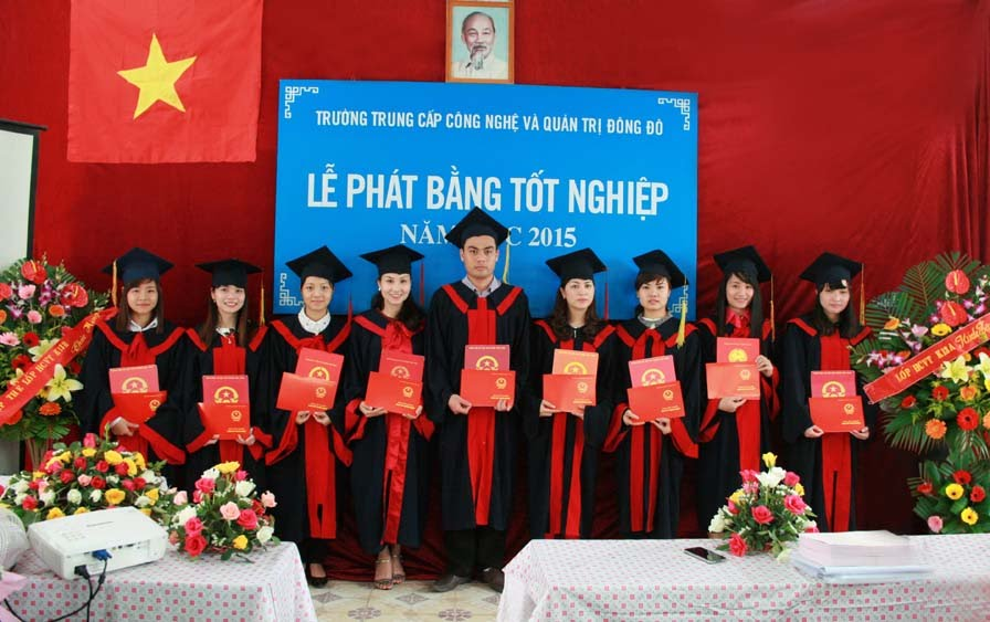 http://kenhtuyensinh.dongdoctm.edu.vn/tuyen-sinh-trung-cap-chinh-quy-he-1-nam-2-nam-2-5-nam-3-nam/nganh-ke-toan